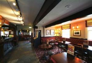 White Hart Cheadle (inside)
